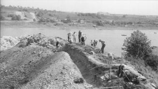 The excavation  of  the Staraya Ladoga archeology expedition  under the leadership of A.N. Kirpichnikov. 1973