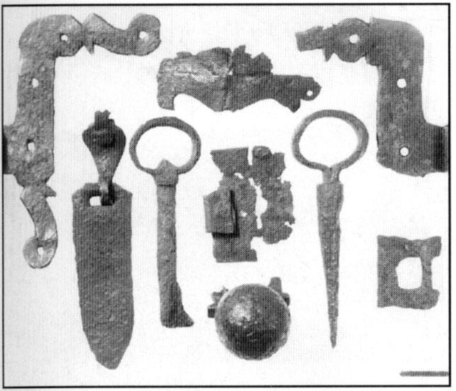 Objects of the archeology  layer of the 13cent. -14 cent.  found in Koporye Village by the expedition under the leadership of O.V. Ovsannikov