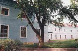 The building of the cloth factory  in Gatchina (re-built  by  architect A.V. Kokarev, 1857-1858)